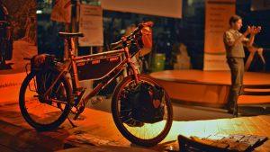 Fahrrad_Feld_Kopie.jpg